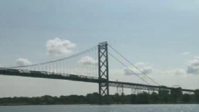 Ambassador Bridge 8152011