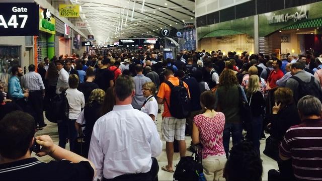 airport standstill2