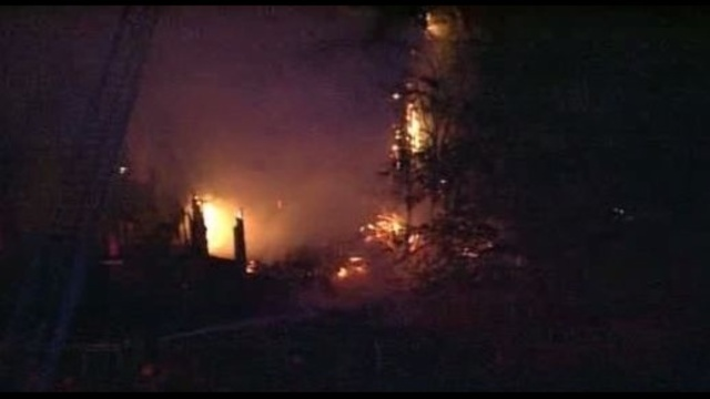 Detroit-homes-burn.jpg_21844762