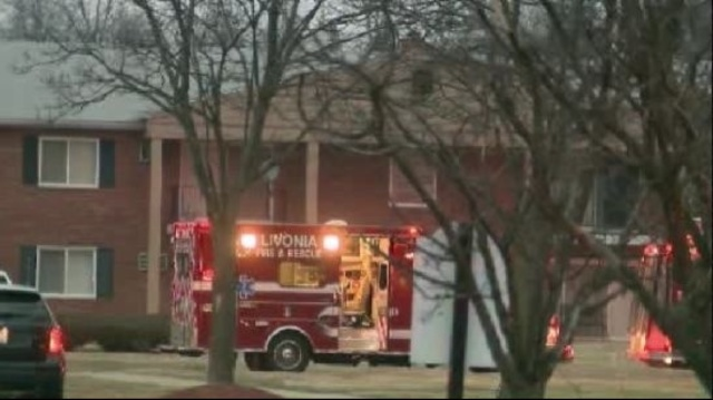 Family of 5 injured in Franklin Square Apartment fire