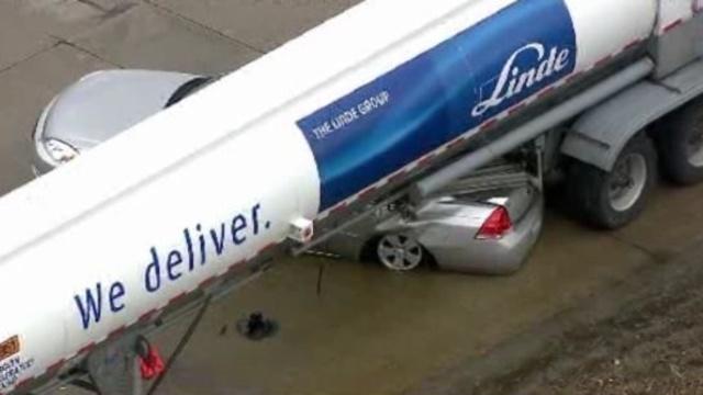 I-275 at 8 Mile road crash 1