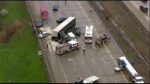 I-275 at 8 Mile road crash 4