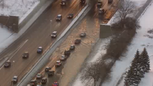 I-94-water-main-break-Detroit-png.png_23835584