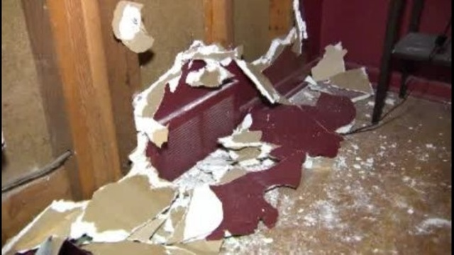 Milne-home-damage-in-Garden-City1-png-jpg.jpg_26549162