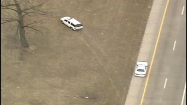 Mound road chase scene_25300284