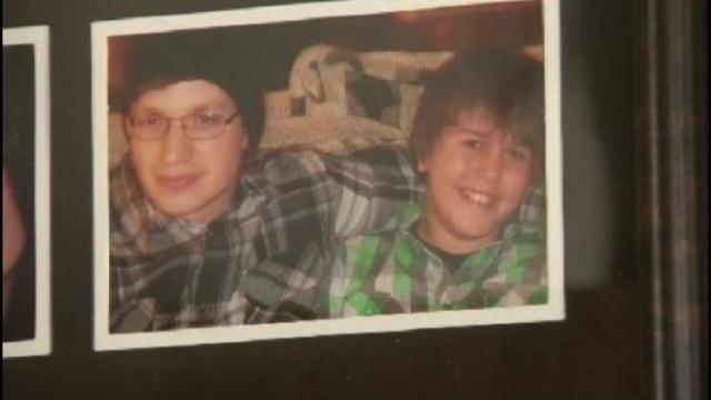 Tyler-Nichols-with-sibling-jpg.jpg_26101520