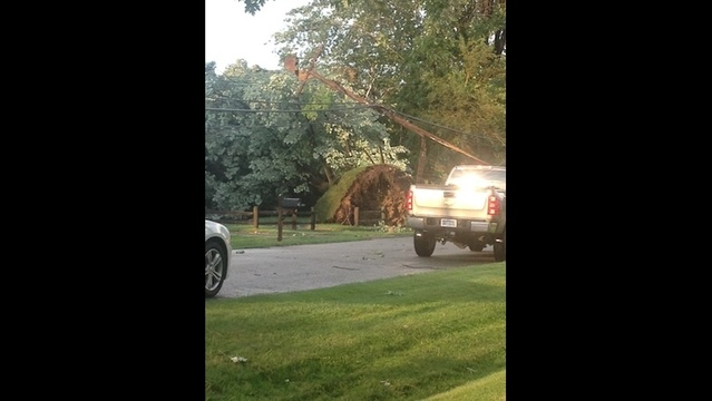 Damage in Troy after storm_21079882