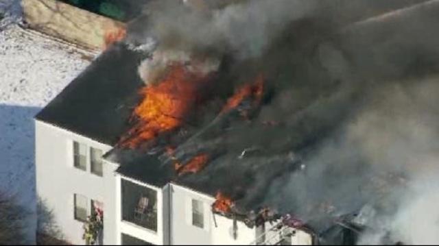 Ypsilanti-apartment-fire-3-jpg.jpg_18038108