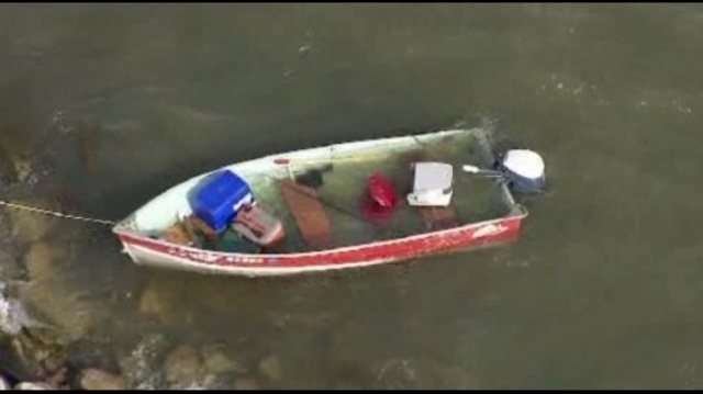 boat in volved in rescue 4_22794092
