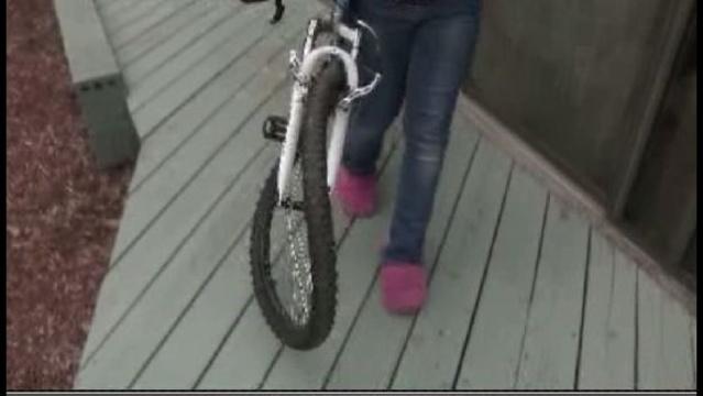10-year-old-girl-hit-while-riding-bike-2.jpg_20544786