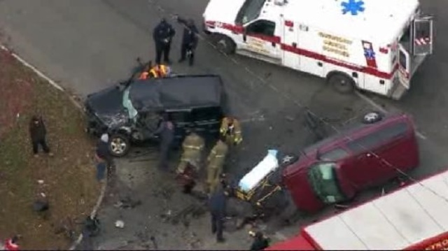 7 mile Detroit crash