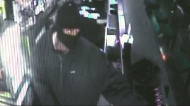 Bar armed robberie 3