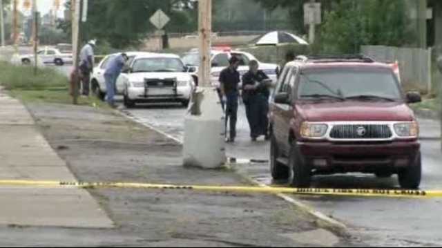 Bodies found Southfield Freeway Service Drive Joy Road Detroit 2
