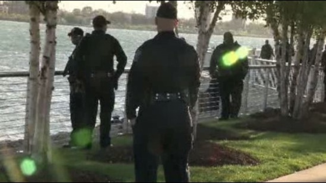 Body found near Ren Cen in Detroit River 2