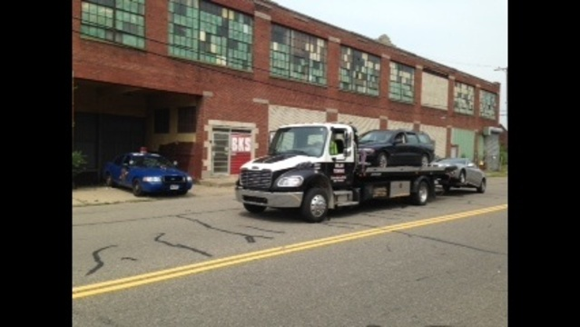Car towed on Epworth Street