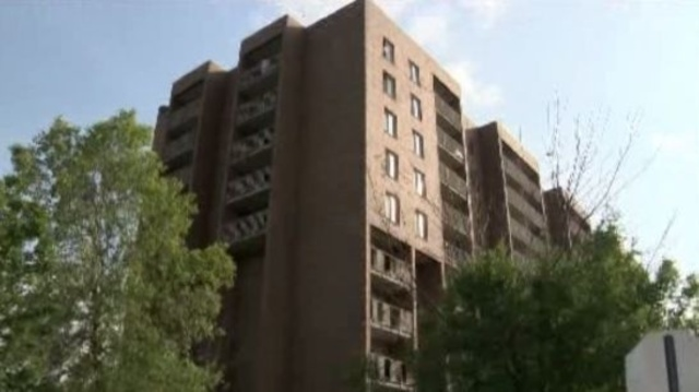 Detroit boy jumps from apartment building to death