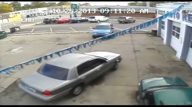 Detroit pastor murder suspect vehicle