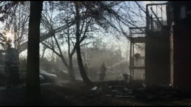 Fire-destroys-inkster-apartment.jpg_23680200