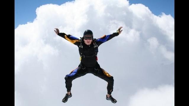 Ken Bernek skydiving