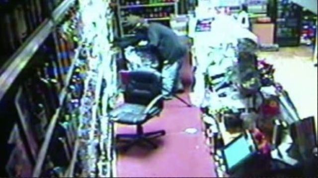 Livonia Plymouth Food Store robbery video 1