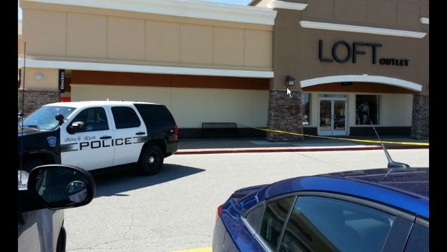 Suspicious package found at Birch Run mall