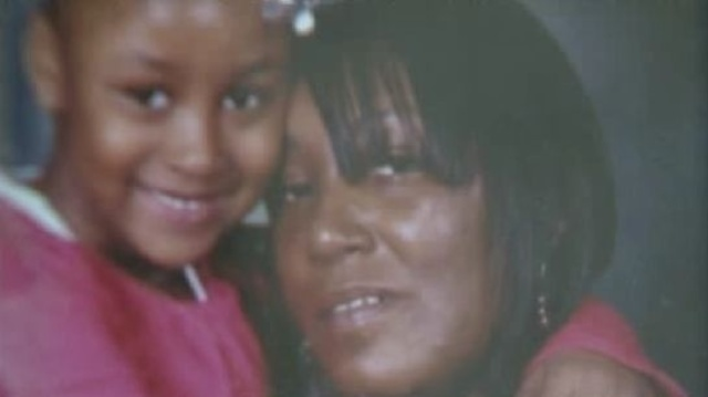 Tamala Wells with daughter