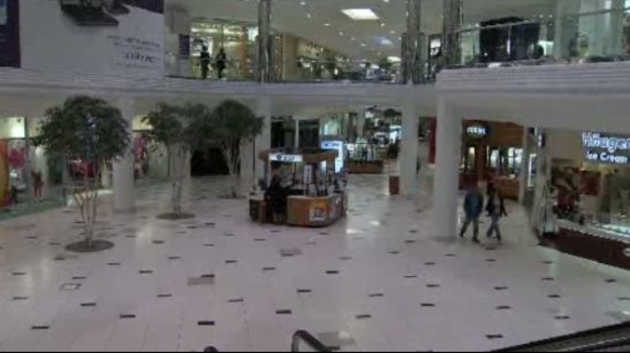 Twelve Oaks Mall will host a job fair on Wednesday, Sept. 26, from 4 to 7 p.m.