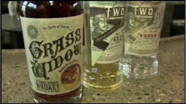 Two-James-Distillery3.jpg_22125704