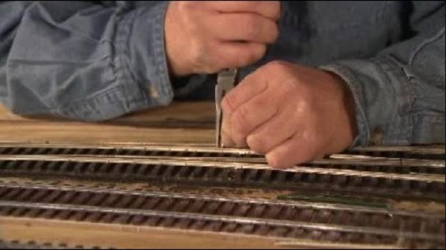 mdoel train tracks