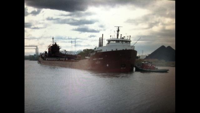 ship-hit-by-bridge.jpg_20114138