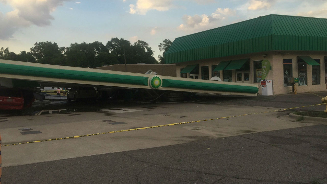 Westland gas station canopy collapses during storm