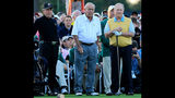Arnold Palmer dies at 87, made golf popular for masses