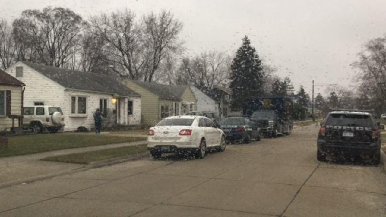 Girlfriend fatally stabs boyfriend in Roseville home