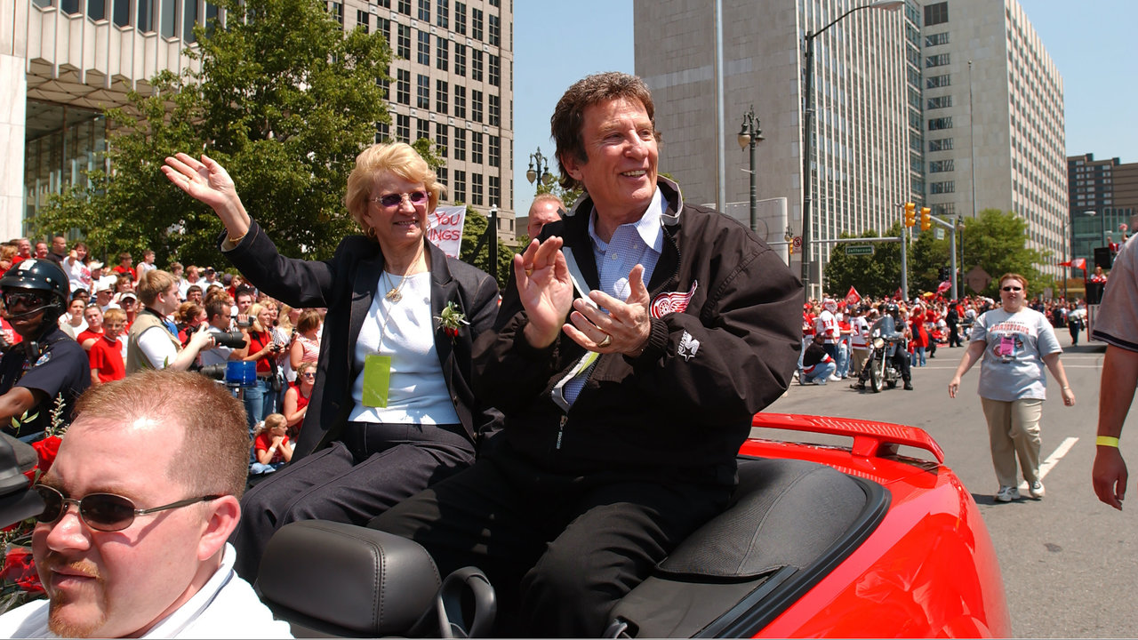detroit tigers red wings owner mike ilitch dies at age  timeline mike ilitch