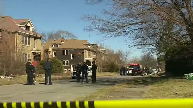 Man fatally shot by police officer after struggle Detroit