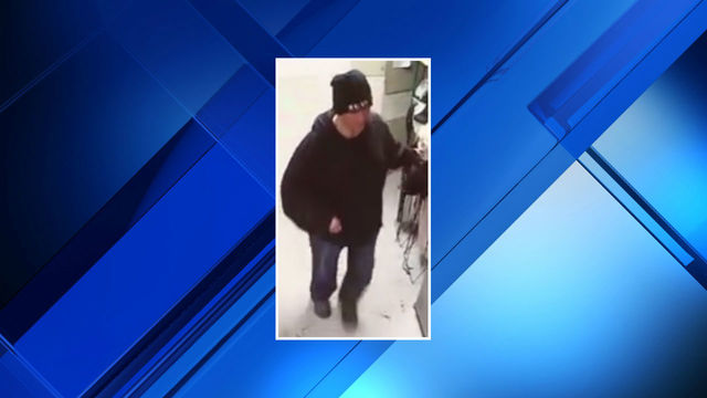 Purse thief at Rochester restaurant image