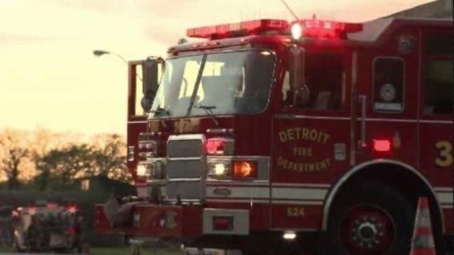 Detroit fire truck_11702466