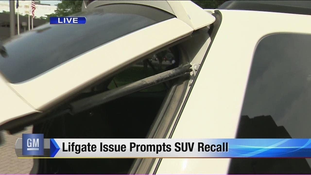 GM recalling nearly 780K SUVs to fix power lift gate problem