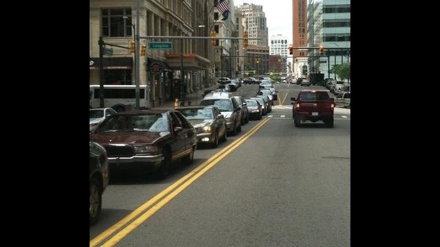 Movie-shot-slows-traffic-in-Downtown-Detroit-2.jpg_20772504
