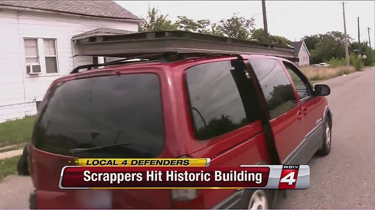 Local 4 Defenders help catch Detroit scrappers in act