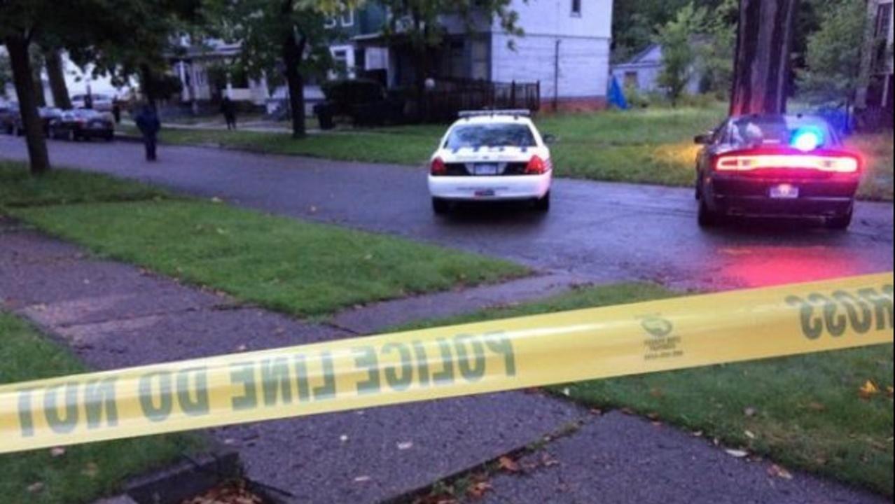 Two dead in murder-suicide on Detroit's east side