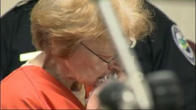 Sandra Layne cries in court_15372972