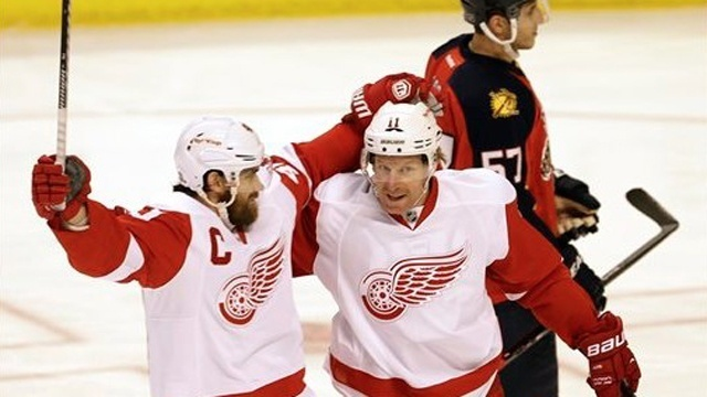 Zetterberg Alfredsson Red Wings Panthers 122813