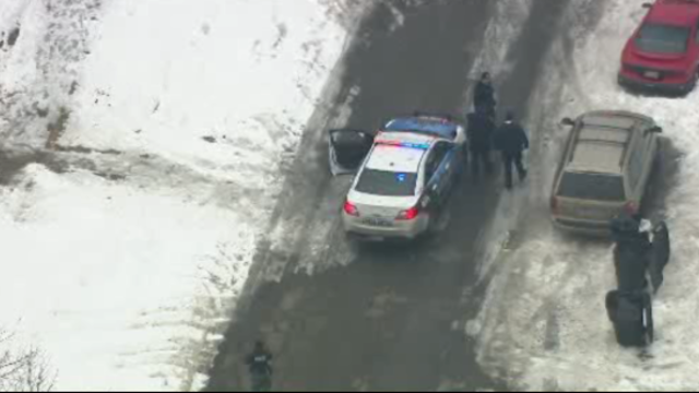 2 found shot in car Coventry Detroit