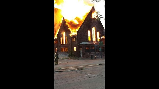 Church fire 3_25913490