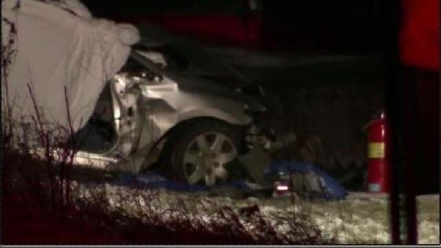 Deadly crash in Salem Township_17899346