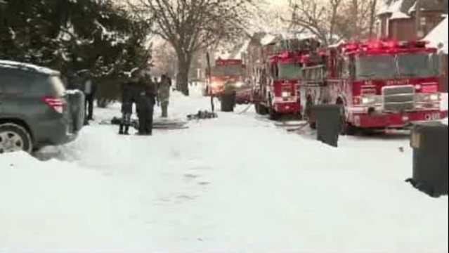 Elderly couple killed in Detroit house fire 2_23763004