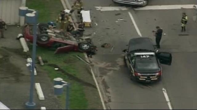 Mount Clemens crash 2_25781140