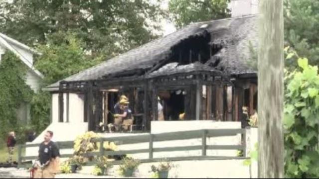 Ponchos Restaurant fire New Baltimore_21982626