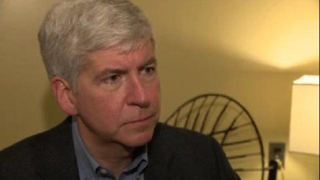 Snyder interview on gun laws_17784630